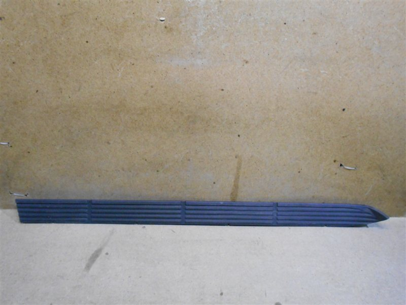 Подножка кузова - накладка Toyota Land Cruiser 200 (2007-Н.в.) левая
