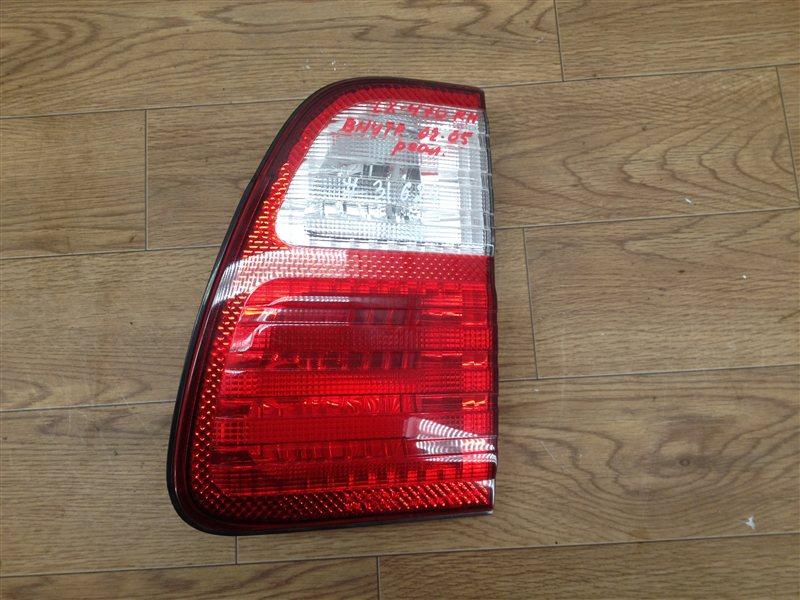 Фонарь правый - вставка в дверь / крышку багажника Lexus Lx -Series 1998-2007 2002