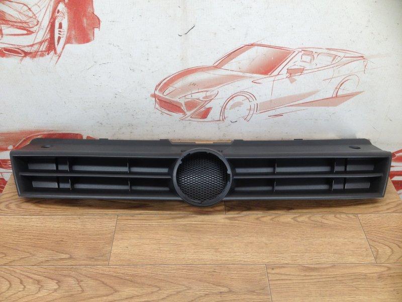 Решетка радиатора Volkswagen Polo (Mk5) Хэтчбэк 2008-2014 2009