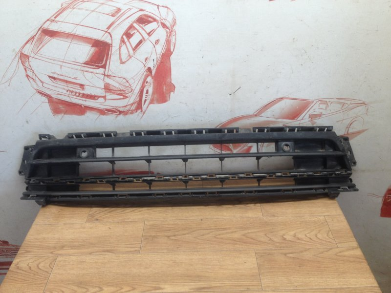 Решетка бампера переднего Volkswagen Jetta (Mk6) 2010-2019 2014