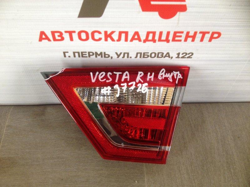 Фонарь правый - вставка в дверь / крышку багажника Lada Vesta