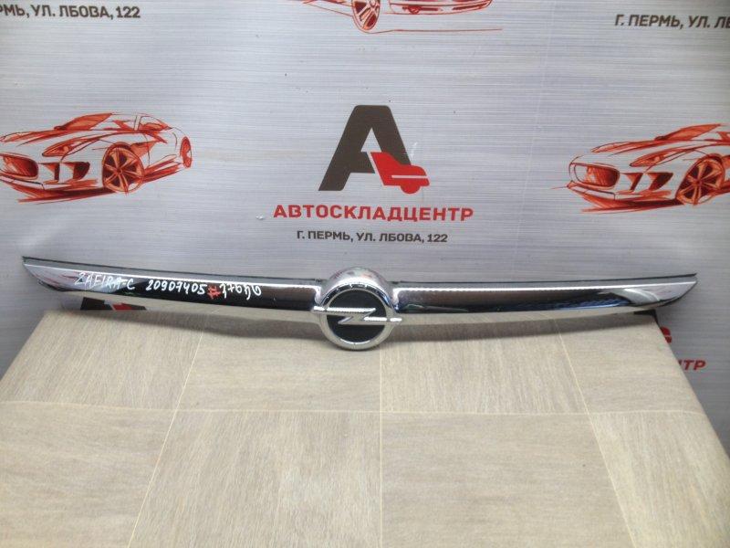 Решетка радиатора - молдинг Opel Zafira - C (2011-2015)