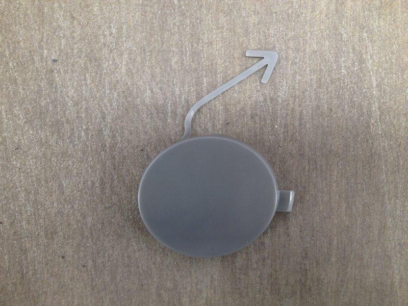 Заглушка буксировочной проушины Skoda Fabia (2006-2015) 2006 передняя