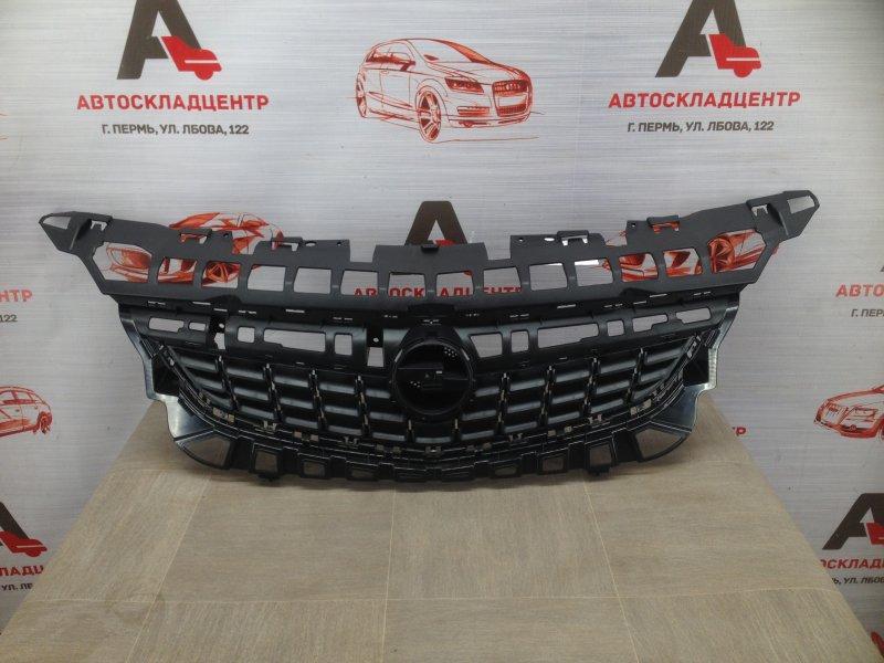 Решетка радиатора Opel Astra - J (2009-2015) 2009