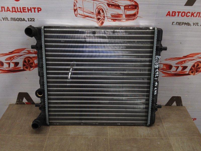Радиатор охлаждения двигателя Volkswagen Golf (Mk4) 1997-2006