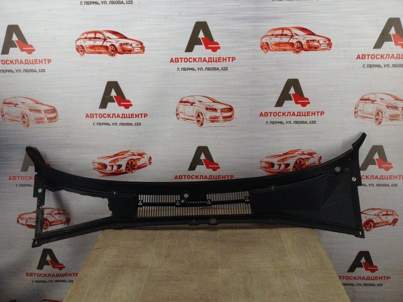 Накладка ветрового стекла (жабо) Chevrolet Niva