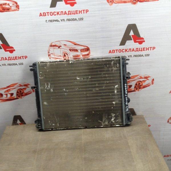 Радиатор охлаждения двигателя Renault Logan (2004-2016)