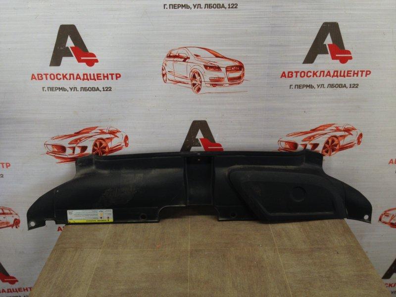 Пыльник бампера переднего верхний Audi A4 (B8) 2008-2015