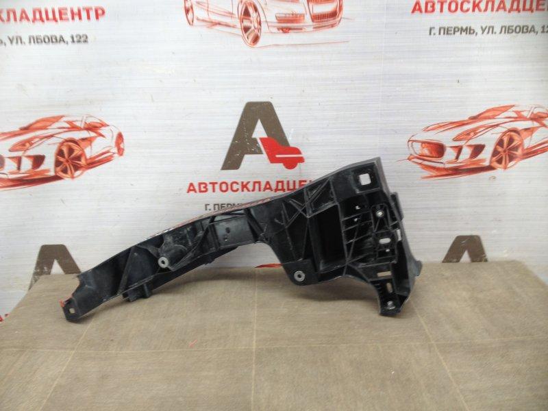 Кронштейн бампера переднего боковой Audi Q8 (2018-Н.в.) правый