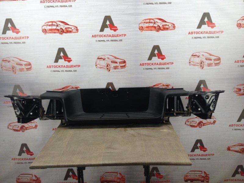 Бампер задний Toyota Hilux (2015-Н.в.)
