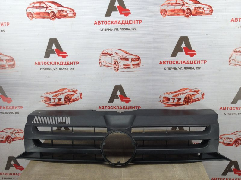 Решетка радиатора Volkswagen T5 (Transporter / Caravelle / Multivan) 2003-2015 2009