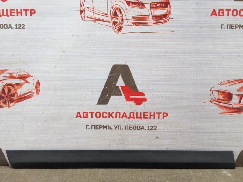 Накладка двери задней правой Volkswagen Passat (B6) 2005-2010