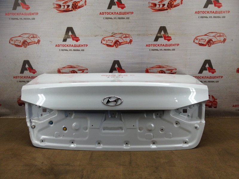 Крышка багажника Hyundai Genesis (2014-2017)