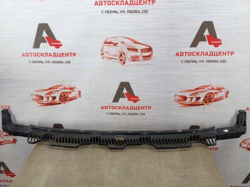 Кронштейн бампера заднего центральный Volkswagen Golf (Mk7) 2012-2019