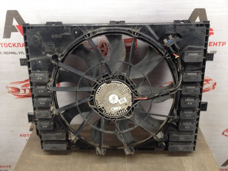 Диффузор радиатора охлаждения - в сборе Volkswagen Touareg (2010 - 2018)