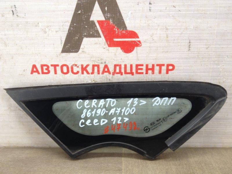 Стекло кузова боковое Kia Cerato (2013-Н.в.) переднее правое
