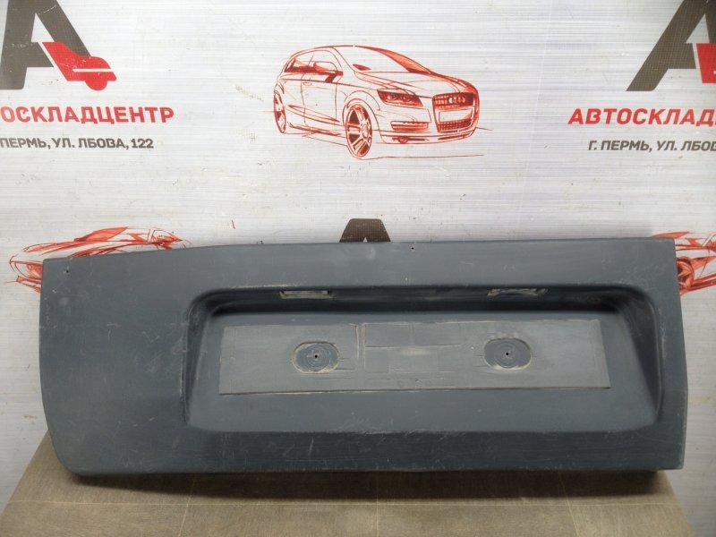 Накладка / молдинг двери багажника Ford Transit (2013-Н.в.) левая