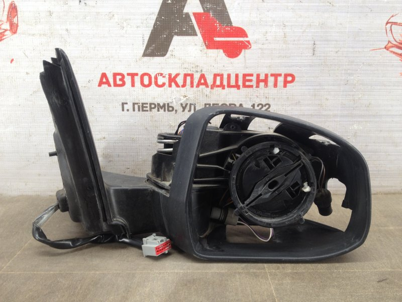 Зеркало правое Ford Mondeo 3 2000-2007