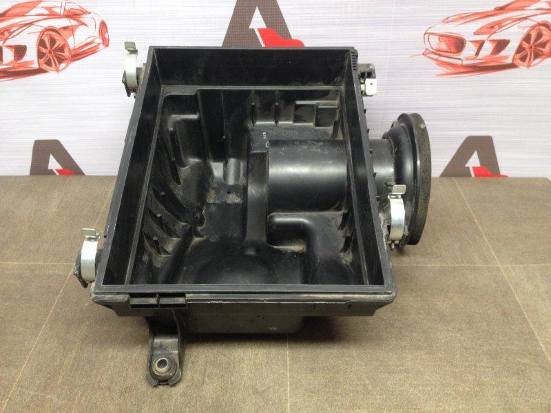 Корпус воздушного фильтра двигателя Toyota Fortuner (An160) 2015-Н.в. нижний