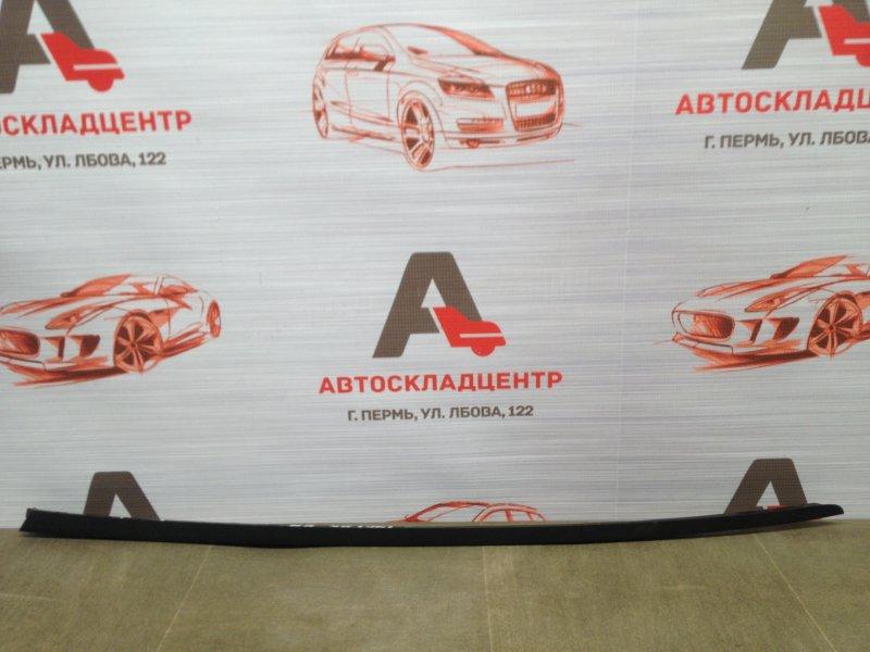 Молдинг ветрового стекла Audi A6 (C7) 2010-2018 правый