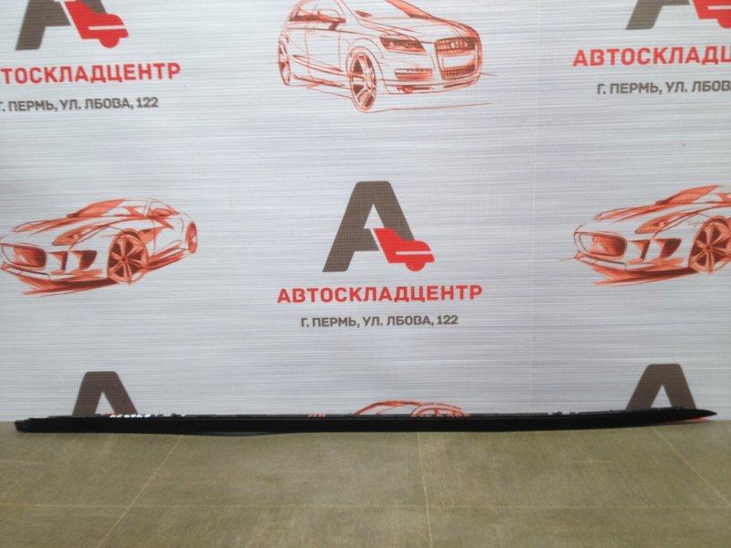 Молдинг ветрового стекла Toyota Rav-4 (Xa40) 2012-2019 правый
