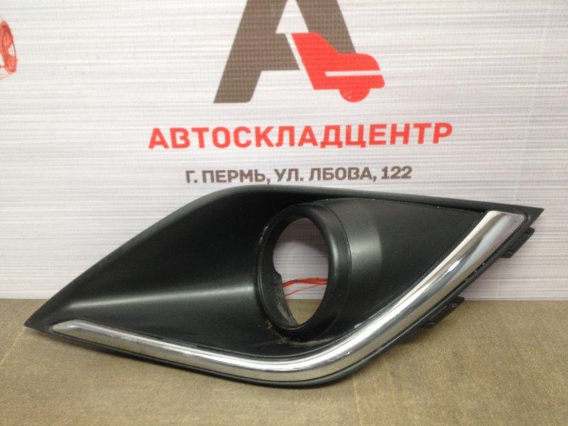Накладка противотуманной фары / ходового огня Mitsubishi Outlander (2012-Н.в.) 2015 правая