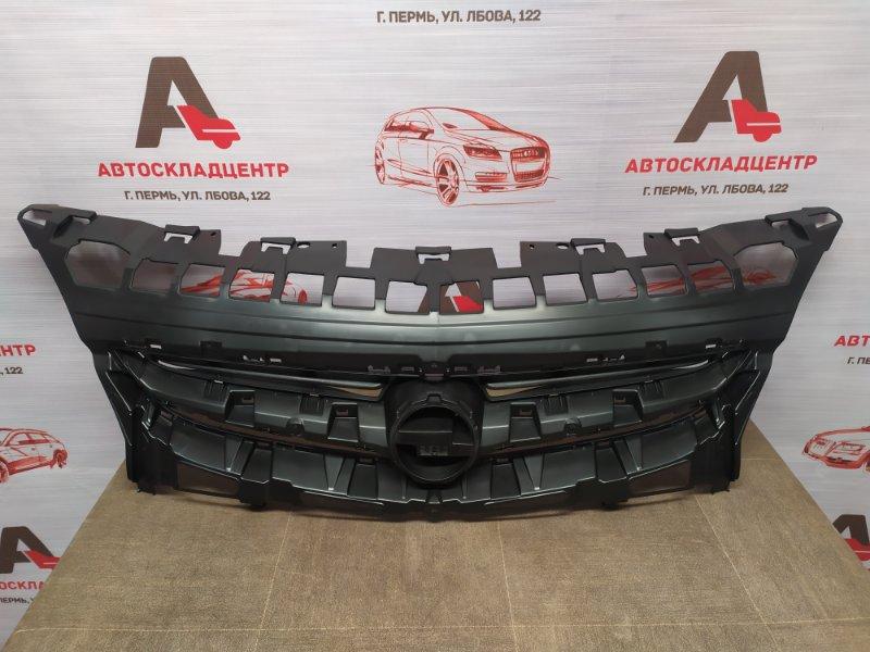 Решетка радиатора Opel Astra - J (2009-2015) 2012