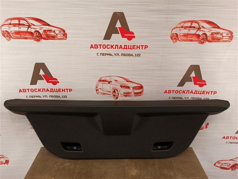 Обшивка двери багажника Opel Corsa - D (2006-2014)