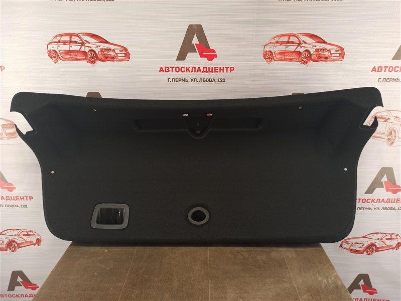 Обшивка крышки багажника Genesis G80 (2017-Н.в.)