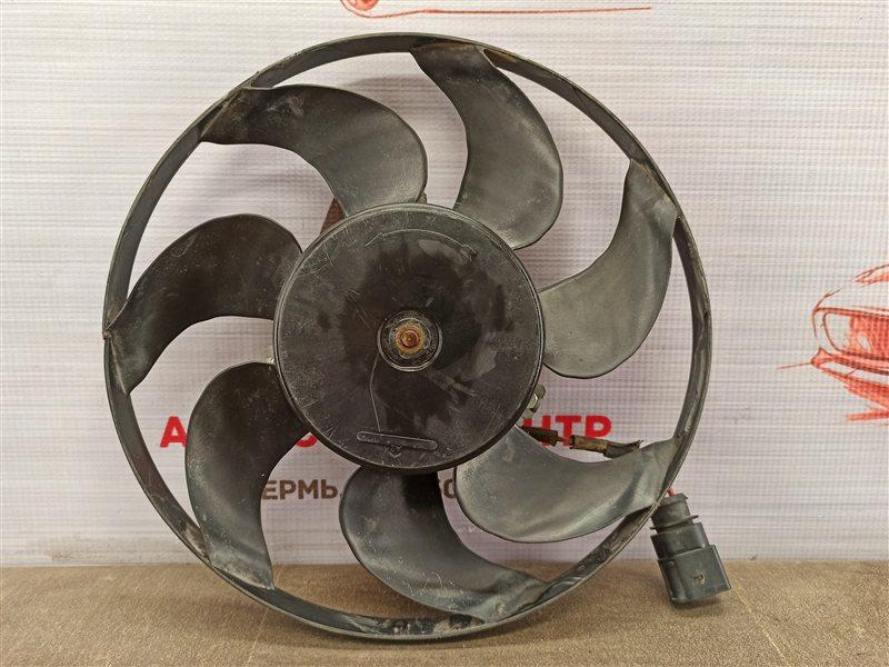 Вентилятор радиатора охлаждения - крыльчатка с мотором Skoda Octavia (2004-2013)