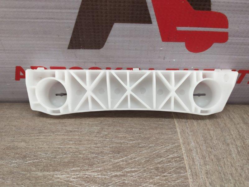 Кронштейн бампера переднего боковой Nissan Almera (2012-2019) правый