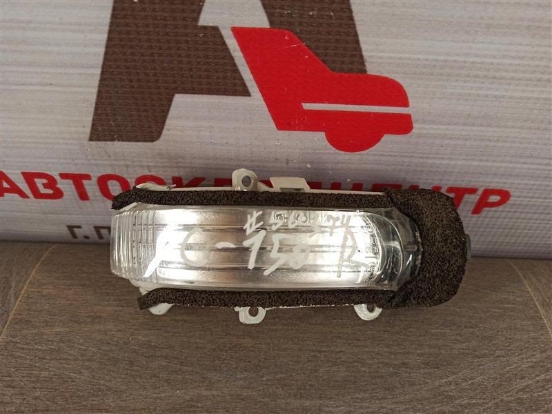 Фонарь - повторитель указателя поворота. Toyota Corolla (E15_) 2006-2013 правый