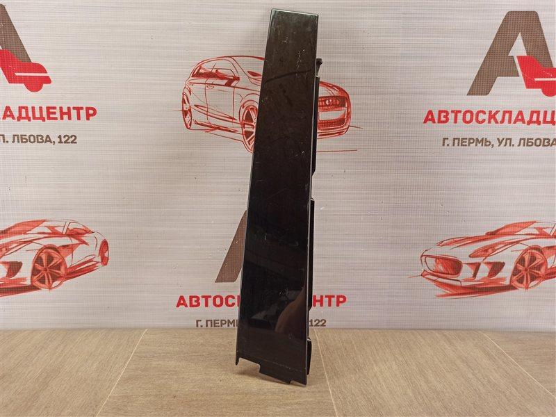 Накладка рамки двери Volkswagen Tiguan (2007-2017) передняя правая