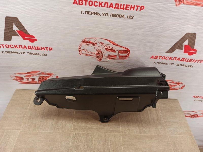 Обшивка багажника - задняя полка / шторка Lada Kalina левая