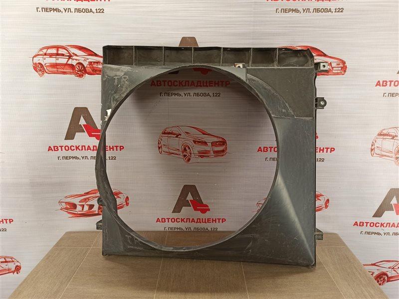 Диффузор радиатора охлаждения - рамка вентиляторов Toyota Land Cruiser Prado 150 (2009-Н.в.)