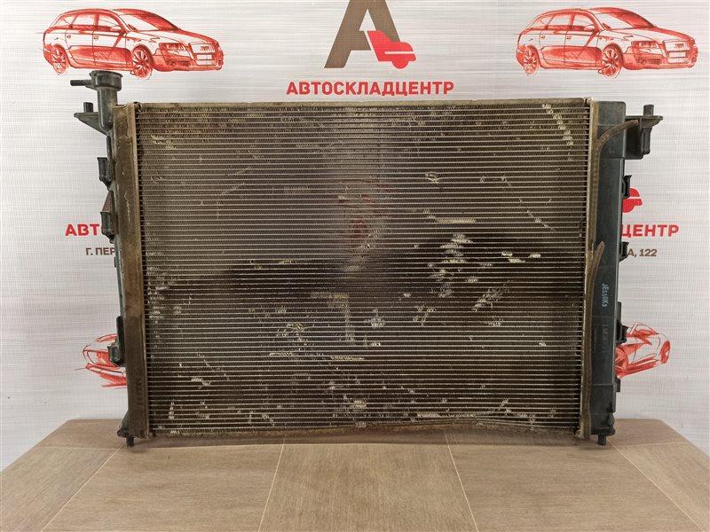 Радиатор охлаждения двигателя Hyundai Santa-Fe (2012-2019)