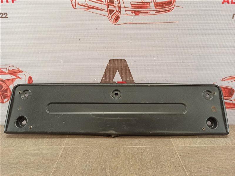Планка (рамка) номерного знака Volkswagen Tiguan (2007-2017)