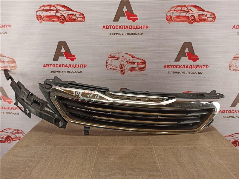 Решетка радиатора Peugeot 308 (2014-2018)