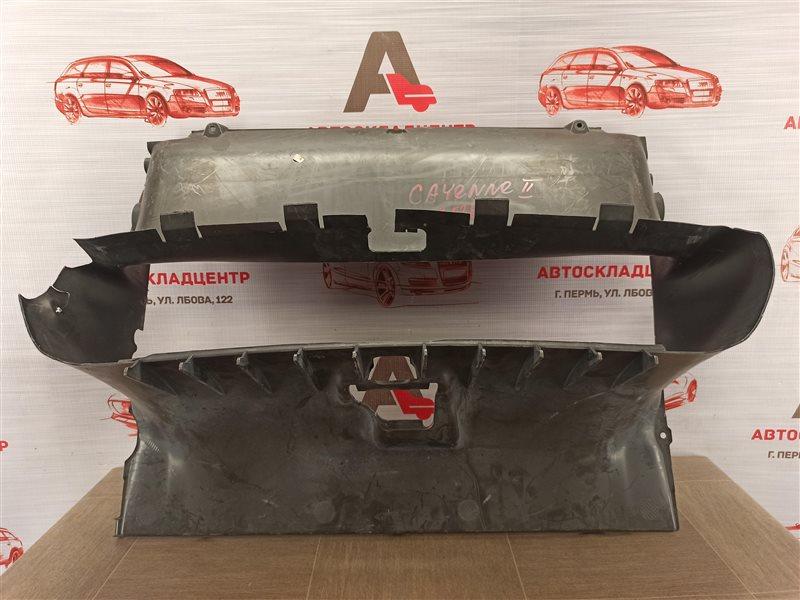 Дефлектор воздушного потока основного радиатора Porsche Cayenne (2010-2018)