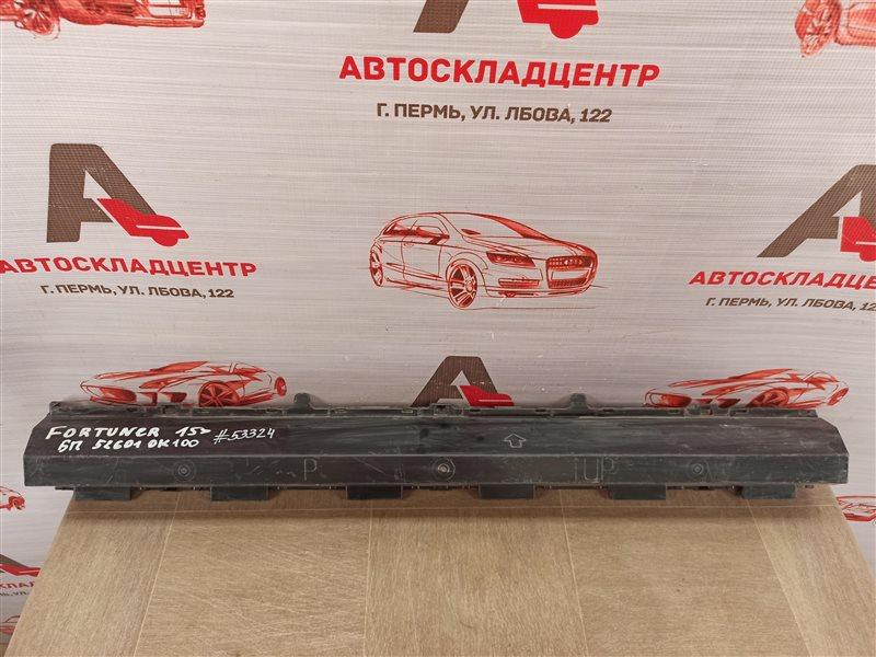 Абсорбер (наполнитель) бампера переднего Toyota Fortuner (An160) 2015-Н.в.