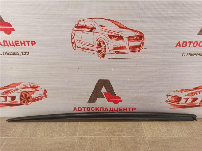 Молдинг ветрового стекла Audi A6 (C7) 2010-2018 левый