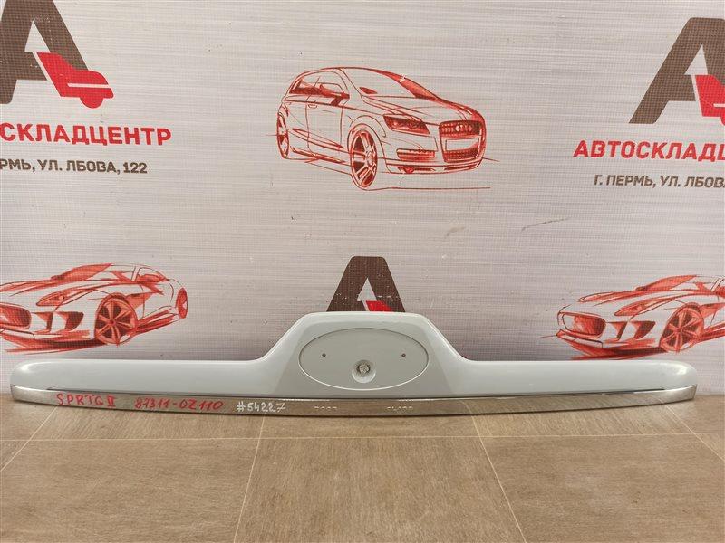 Ручка (молдинг) двери багажника Kia Sportage (2004-2010)