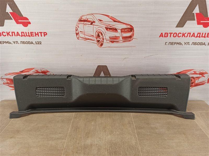 Обшивка багажника - панель задка Datsun On-Do (2014-Н.в.)