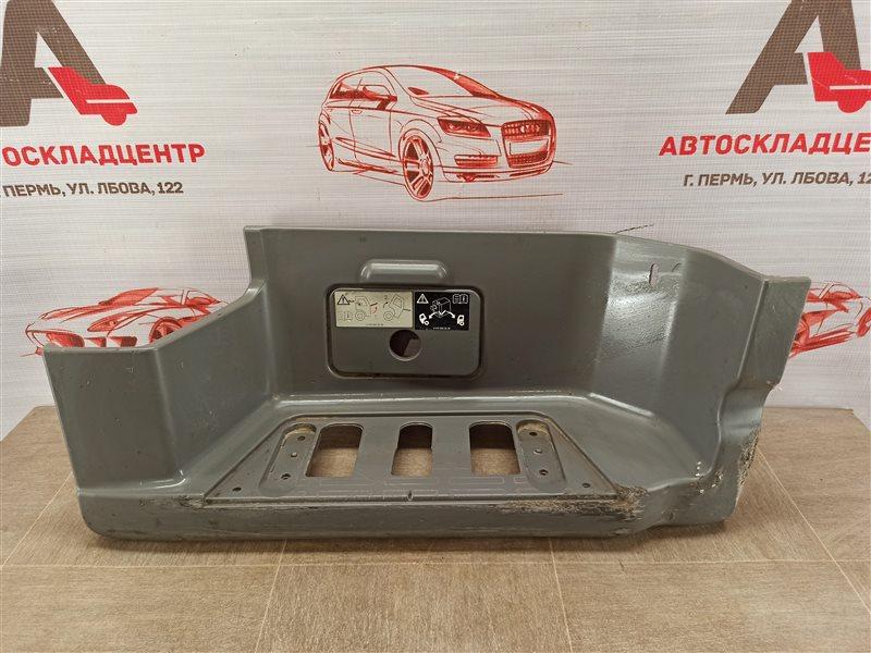 Подножка кабины Mercedes Truck (Грузовые И Коммерческие) Actros правая