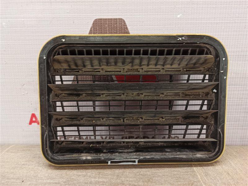 Клапан вытяжной вентиляции салона Skoda Octavia (2012-2020)
