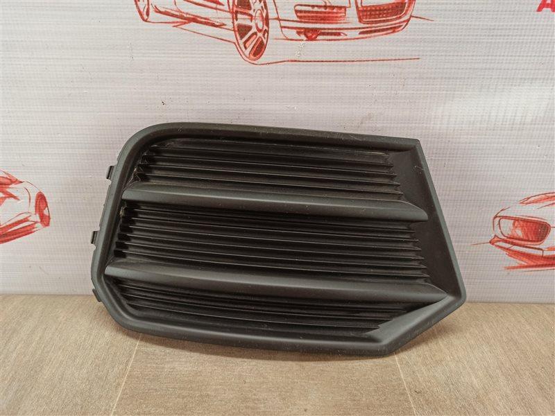 Решетка бампера переднего Audi Q3 (2011-2019) 2014 правая