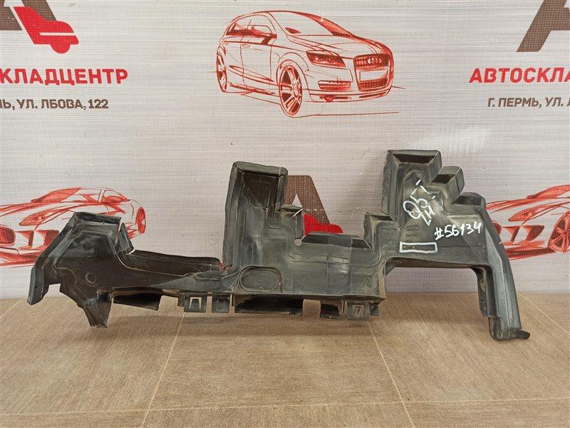 Дефлектор воздушного потока основного радиатора Audi Q5 (2008-2017) правый