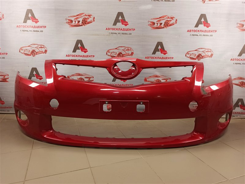 Бампер передний Toyota Auris (E15_) 2006-2012 2009