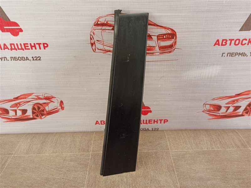 Накладка рамки двери Toyota Rav-4 (Xa40) 2012-2019 задняя левая