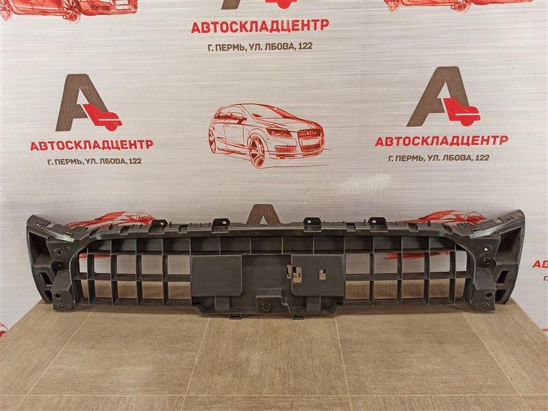 Решетка радиатора - каркас Audi Q5 (2008-2017) 2012